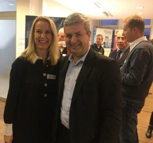 Susanne Kayser-Dobiey freute sich, Jörg Hamel als Referenten begrüßen zu dürfen, ©Hajo Thiesen, WFG Rhein-Erft